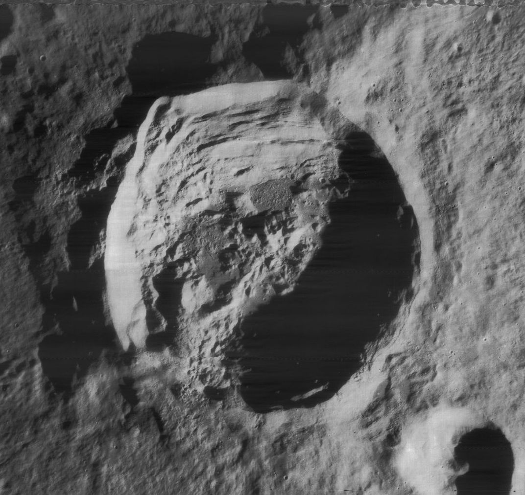 crater anaxagoras